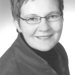 Julia Debelts, Ausstellungsgestalterin